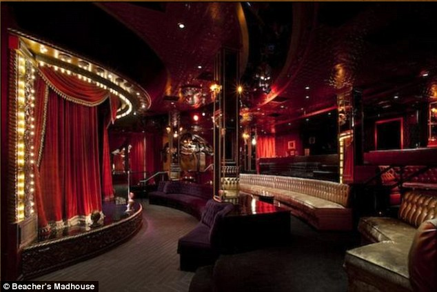 Alleged fracas: Beacher's Madhouse in Hollywood is one of David Arquette's ventures and was the scene of the row