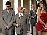 Alesandro Tiberi has to pretend that Penelope Cruz is his wife, while his real wife is tempted into adultery with a famous film star