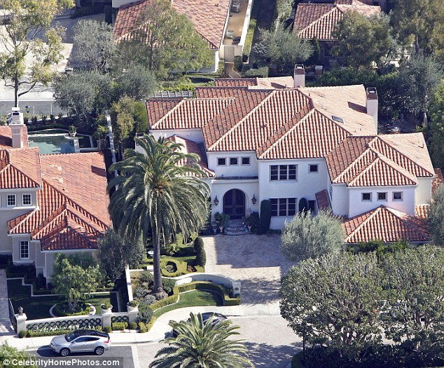 Making profit: Kobe Bryant's soon to be ex-wife, Vanessa has put one of their Newport beach homes up for sale