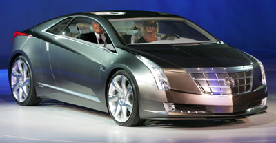2012-cadillac-converj-on-stage