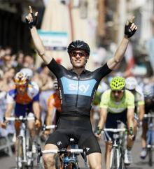 Ben Swift (Sky) wins the final stage of the Vuelta a Castilla y Leon.