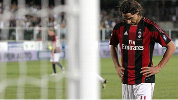 Zlatan Ibrahimovic missed a penalty on his debut as Milan lost