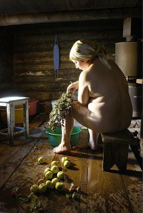 Деревенское ню или Баба в бане ((Владимир Годлевский Стихи 24-213