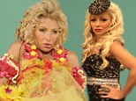 Remember, remember... Halloween? Kelly Ripa celebrates the costume carnival late by dressing as Snooki, Tanning Mom and Honey Boo Boo