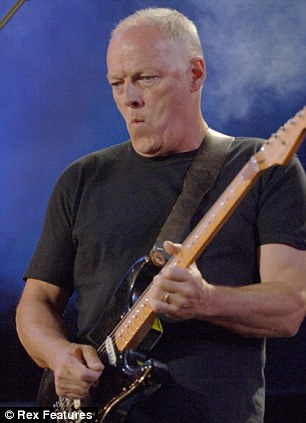 Father: Pink Floyd guitarist Dave Gilmour in action