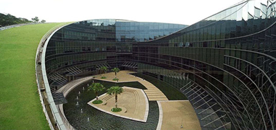 Nanyang Technological University, Singapore, Art, Design, Media, green roofs, natural landscaping, CPG Consultants, glass facade, nanyang7.jpg