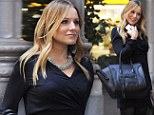 Pregnant Kristen Bell's House Of Lies... as she hides baby bump behind bag while shooting TV drama