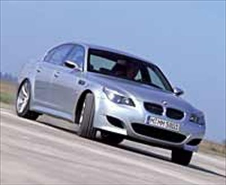 2006 BMW M5 Full Front View