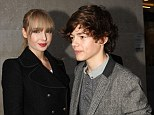 Are Taylor Swift and Harry Styles back together? No it's just their lookalikes posing up together in London