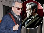 That's not Abraham Lincoln! Daniel Day-Lewis looks That's not Abraham Lincoln! Daniel Day-Lewis looks nothing like alter-ego at airportlike alter-ego at airport