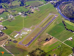 Aerial photo of 4S9 (Portland-Mulino Airport)