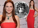 You could have done better! Julianne Moore fails to do justice to Elizabeth Taylor's $6.1M emerald and diamond necklace in coral cocktail dress