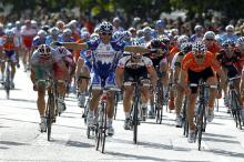 Robbie McEwen (Katusha) gets back to his winning ways on the first stage of Challenge Mallorca