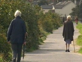 RTÉ.ie News: Over 70s Age Action criticises medical card changes