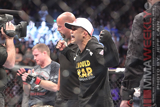 BJ Penn defeats Matt Hughes at UFC 123