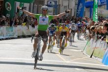 Points leader Anthony Ravard (Ag2R La Mondiale) wins the final stage, his second victory of the race.