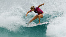 Gilmore competes at Snapper Rocks