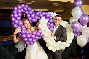Bei Geldgeschenken zur Hochzeit kommt es nicht nur ausschließlich auf den Geldbetrag an, sondern auch darauf, wie das Geldgeschenk verpackt ist. – © Sergey Ryzhov - Fotolia.com