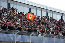 Fans. Formula One Testing, Day Four, Jerez, Spain, Saturday 20 February 2010.