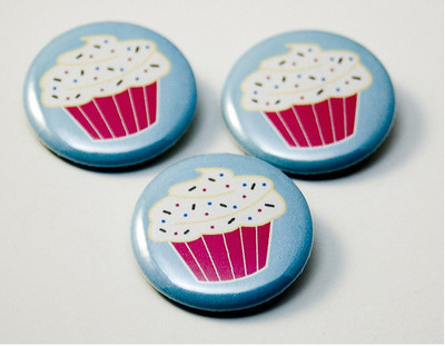 Pinback Buttons boost businesses in Toronto