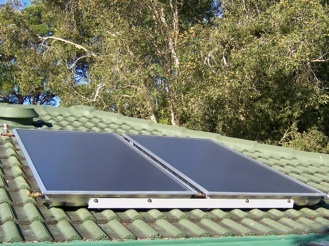 2 solar hot water panel collectors