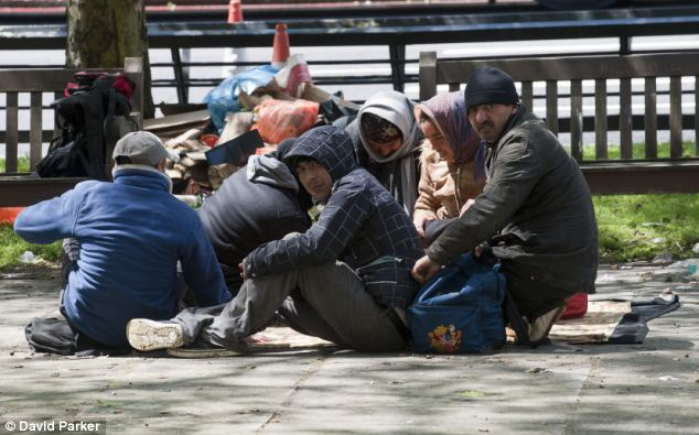 Romanian Gypsies congregating around Marble Arch in London. Transitional arrangements which restrict the rights of 29million Bulgarian and Romanian citizens to live and work in other EU states, will expire in December