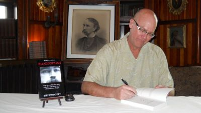 Jeff Mudgett at a book signing