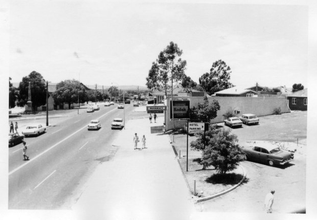 Old Perth Rd 1950s
