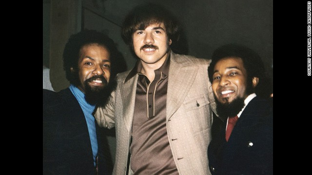 "Deke Richards, center, died March 24 at age 68. Richards was a producer and songwriter who was part of the team responsible for Motown hits such as ""I Want You Back"" and ""Maybe Tomorrow."" He had been battling esophageal cancer."
