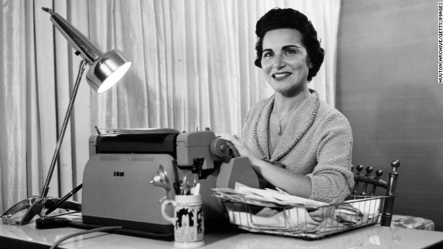 Pauline Phillips, better known to millions of newspaper readers as the original Dear Abby advice columnist, has died after a long battle with Alzheimer's Disease. She died January 16 in Minneapolis, Minnesota, at age 94.