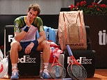Murray retires from Rome Masters with back injury just one week before French Open