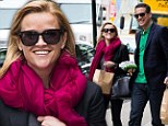 Reese Witherspoon goes for the healthy option as she enjoys a green juice with Jim Toth before jetting home to Los Angeles