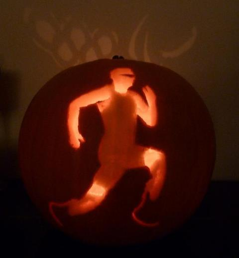 Photo: An Olympic fan on twitter  @sydlington shared this pumpkin pic she carved of Oscar Pistorius. Pretty awesome - Like. Cheers to Francesca Helina for finding it
