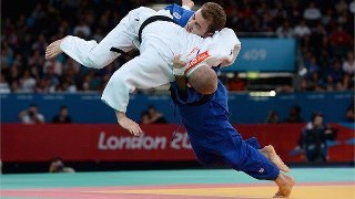 Photo: Ben Quilter of Great Britain takes off against Mouloud Noura of Algeria during the Men's -60 kg Judo quarter final on day 1 of the London 2012 Paralympic Games at ExCeL (Getty Images)