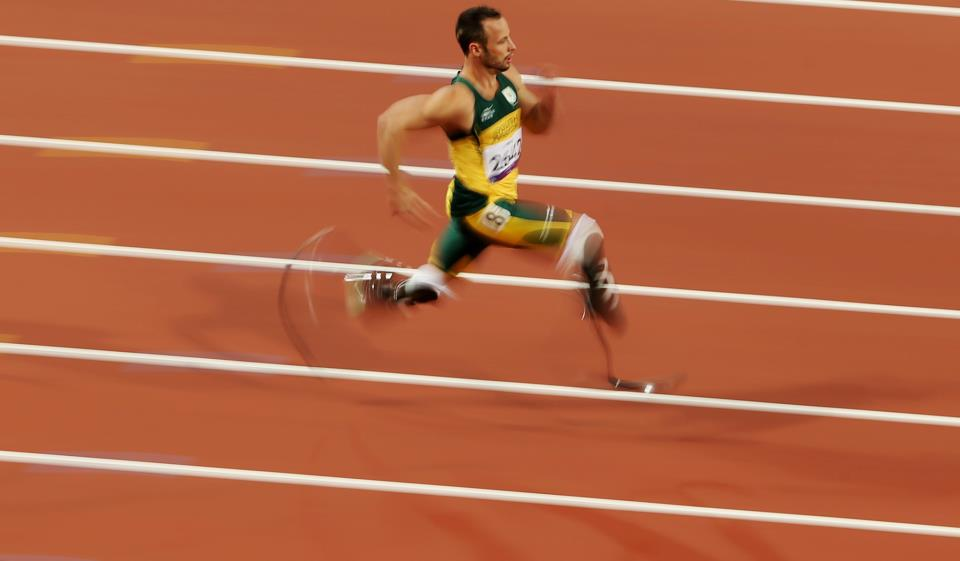 Photo: Share this incredible athleticism from the Paralympic Games: 'Blade Runner' Oscar Pistorius (RSA) breaks the men's 200m - T44 World Record tonight: http://l2012.cm/OKy6n9