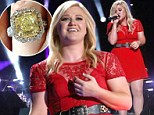 'Panicked in my head all night long!' Kelly Clarkson sings her heart out at CMA Festival... as her engagement ring goes missing