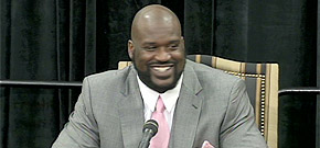 All smiles as Shaq ends career
