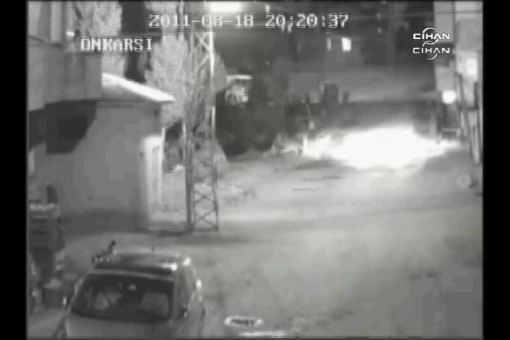 Pervari'de polise saldırı güvenlik kamerasında
