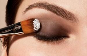 glaz 300x195 - Как правильно красить глаза?
