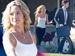 Simple but effective! Kate Hudson slips into a tight tank top and skinny jeans to film scenes with Zach Braff