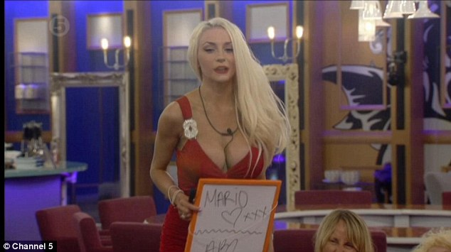 Courtney Stodden gives her nominations that night