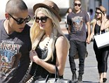 Don't let go! Evan Ross held hands with his girlfriend Ashlee Simpson as the two went shopping in Malibu, California on Monday