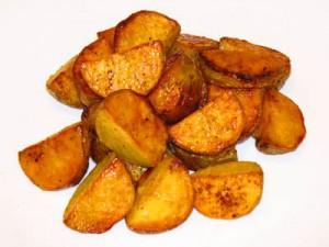 kartoshka 300x225 - Как приготовить картошку по-деревенски?