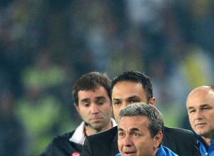 Fenerbahçe - Galatasaray derbisinin geyikleri