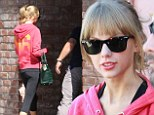Multi Grammy-winning singer/songwriter Taylor Swift heads back to her car after leaving the dance studio in Studio City