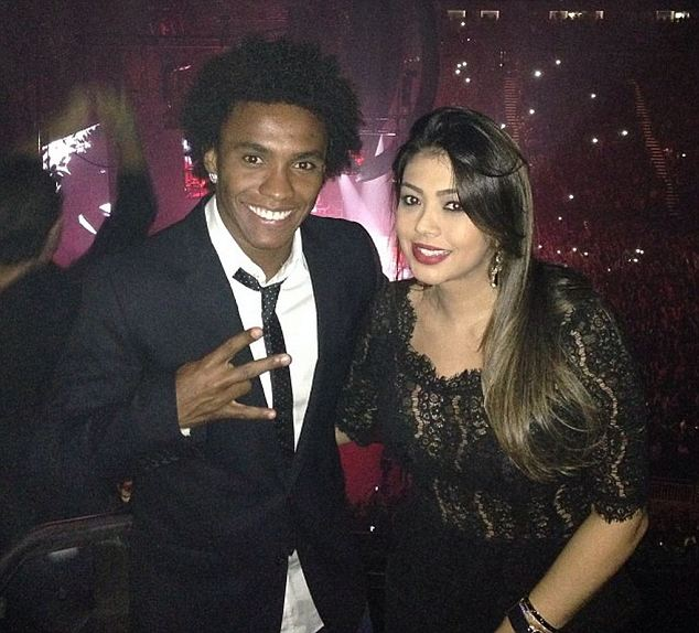 Rap fans: Chelsea ace Willian and wife Vanessa at Jay Z concert