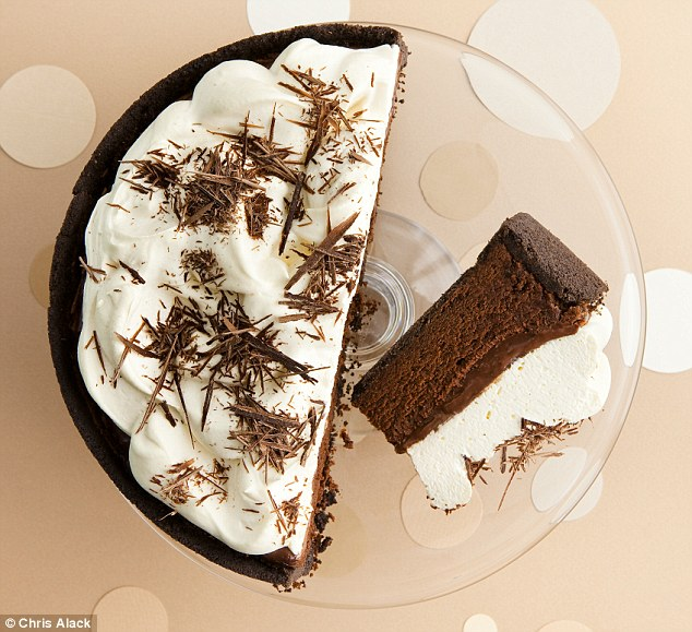 Showboat Mississippi mud pie