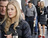 Meet the Dunnes: Rosamund Pike joins Ben Affleck on the Hollywood set of new movie Gone Girl