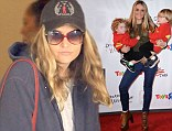 Brooke Mueller with sons Bob Sheen and Max