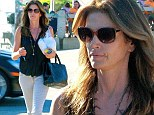 So that's how she does it! Supermodel Cindy Crawford stocks up on protein and Omega 3 at popular fish shack Malibu Seafood